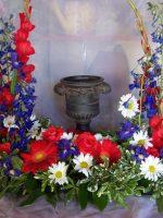 red white blue urn