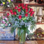 3 dozen rose vase  200.00